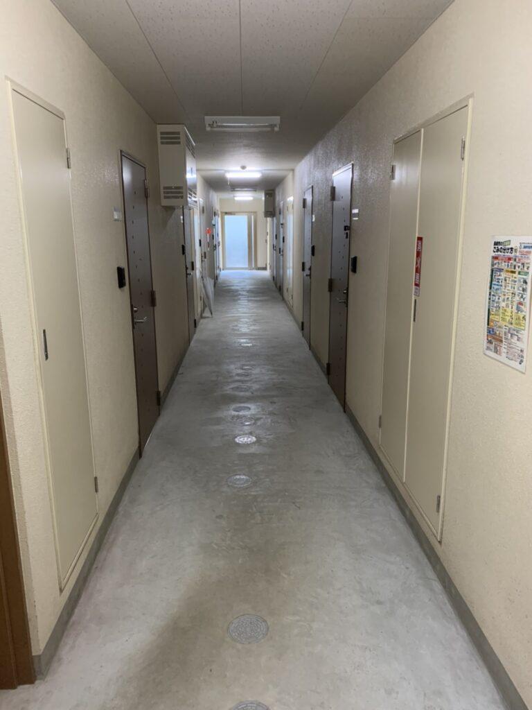 長大 ワイズマンション 中廊下